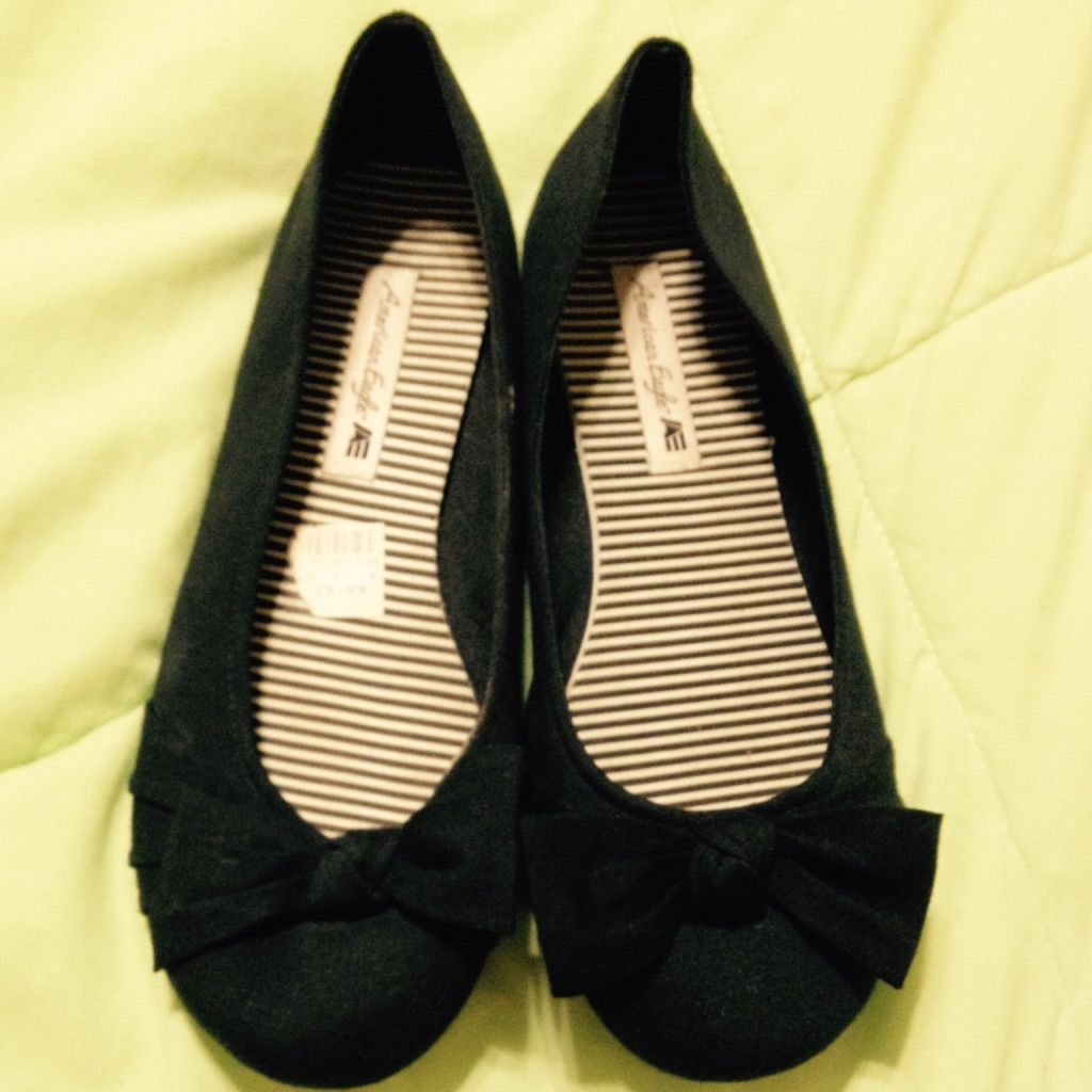 Flat Black Shoes With Bow