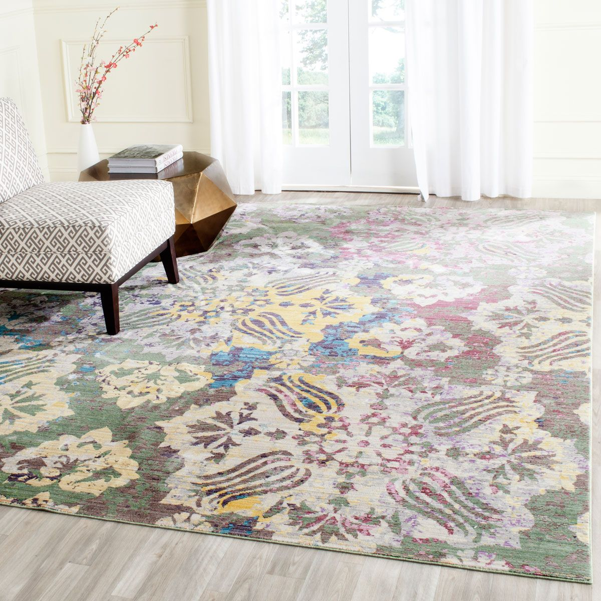 VAL215K Rug from Valencia collection.  From brilliantly colored designs inspired by abstract art to classic Persian motifs supercharged with a contemporary palette, the fashion-right Valencia collection is machine loomed in an unusually fine cross weave to create a lustrous heirloom patina. Made in Turkey by Safavieh, each Valencia rug comes with serged edges for a beautifully finished designer look.   The Valencia collection by Safavieh is machine loomed of polyester yarn in an unusually…