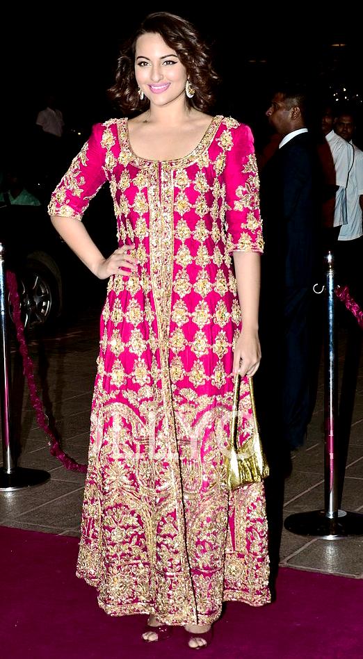 Desi Weddings | Facion dos | Pinterest | India, Damas y Traje