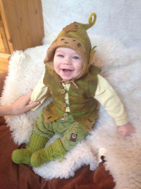 Merino wool baby vest and elf hat. Baby elf set. Leafy hat. Pixie ... e4026c17ad6