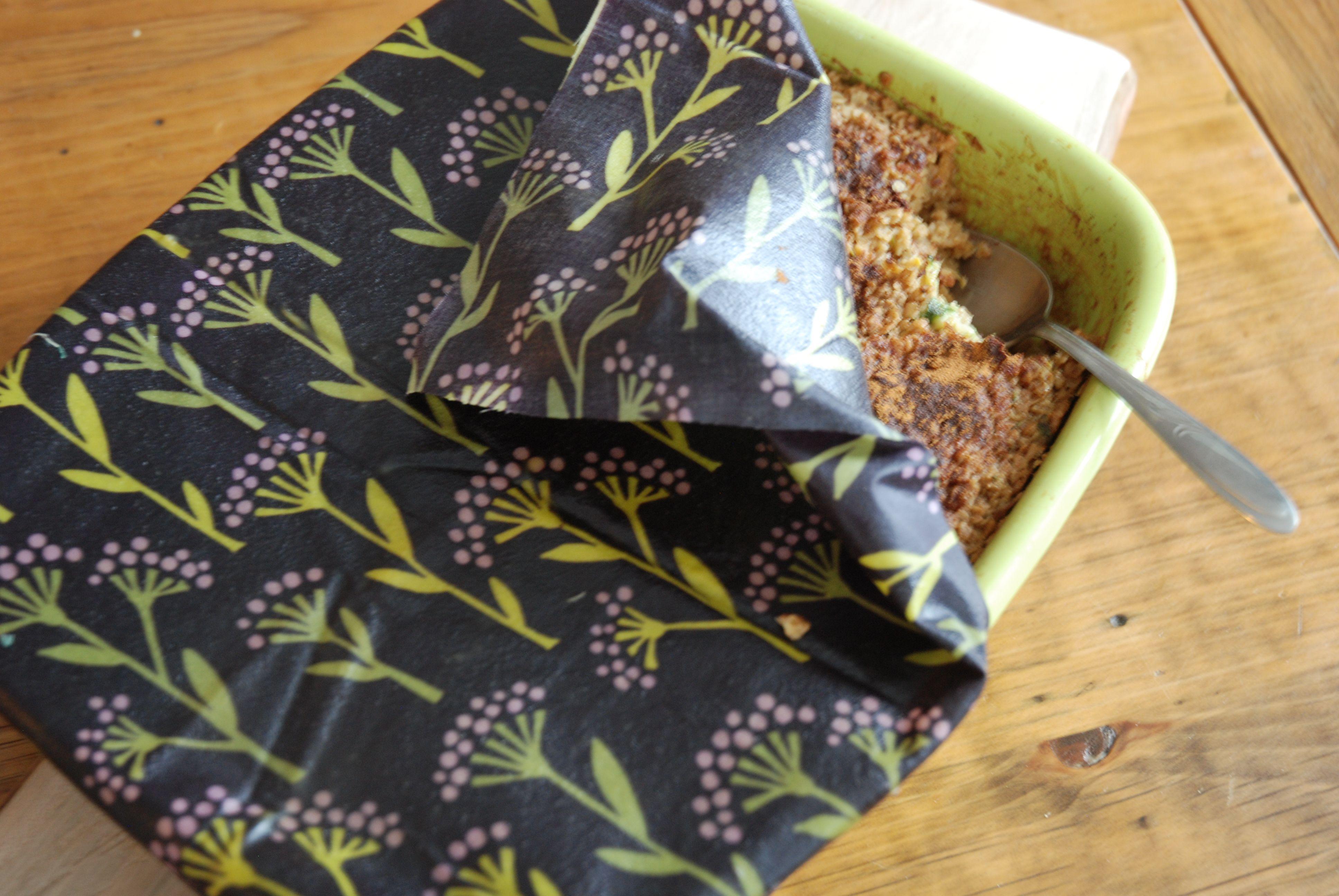 Beeswax & Resin Food Wrap   DIY   Bees wax wrap diy, Beeswax