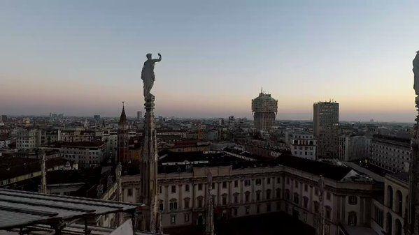 @Filo_Cino: Stories from Milan #milano #sunset #duomo @GoProIT @GoPro @GoProFr @Milanodavedere @turismomilano @DuomodiMilano https://t.co/KDF09CDRhT
