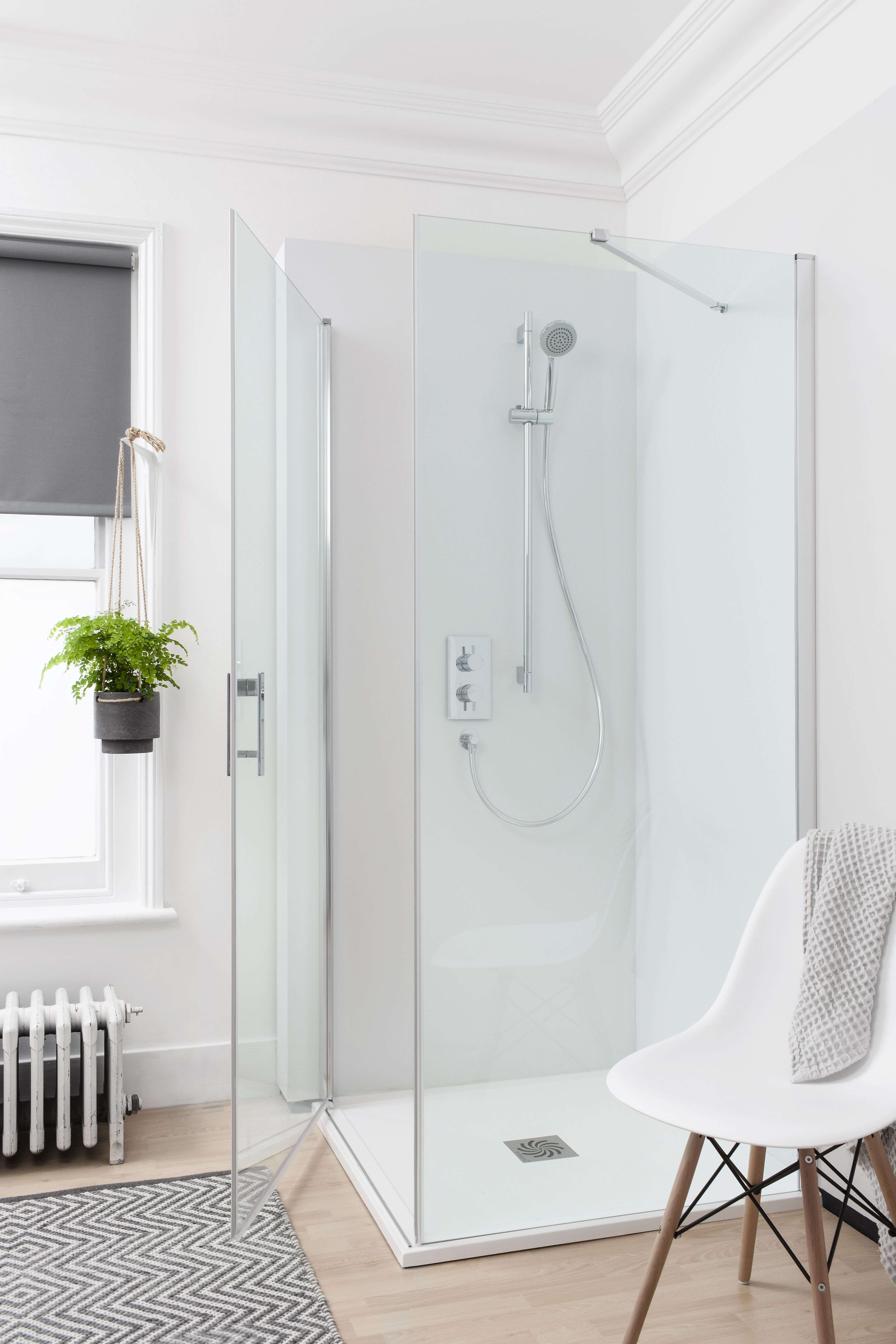 The ideal choice for modern bathroom spaces Hinged Door