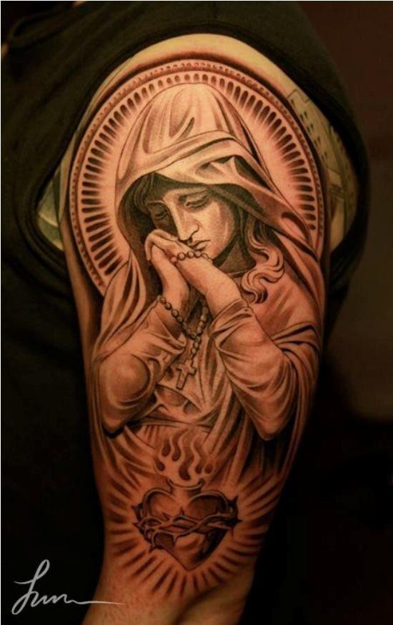religiöse Tattoos katholisch