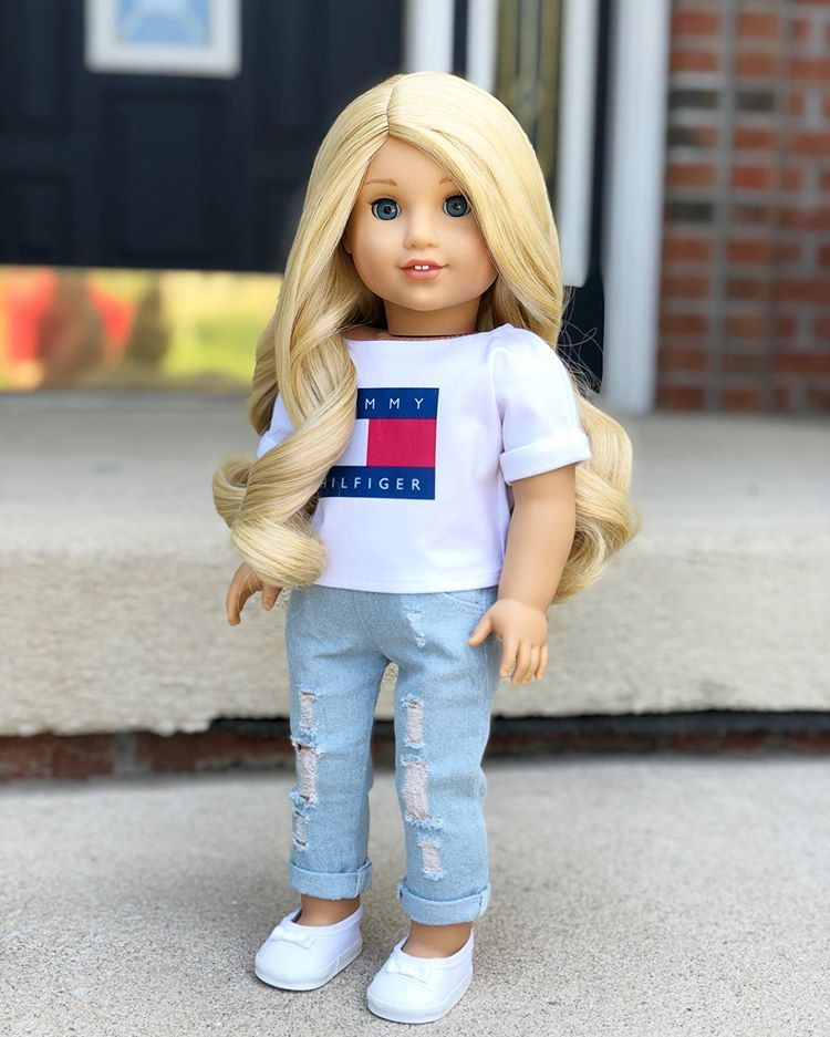 """Julia on Instagram: """"So happy it's Friday!!! ️�#americangirl #americangirldoll #americangirlbrand #joy2everygirl #joy2everydoll #agcollector #adultagcollector…"""""""