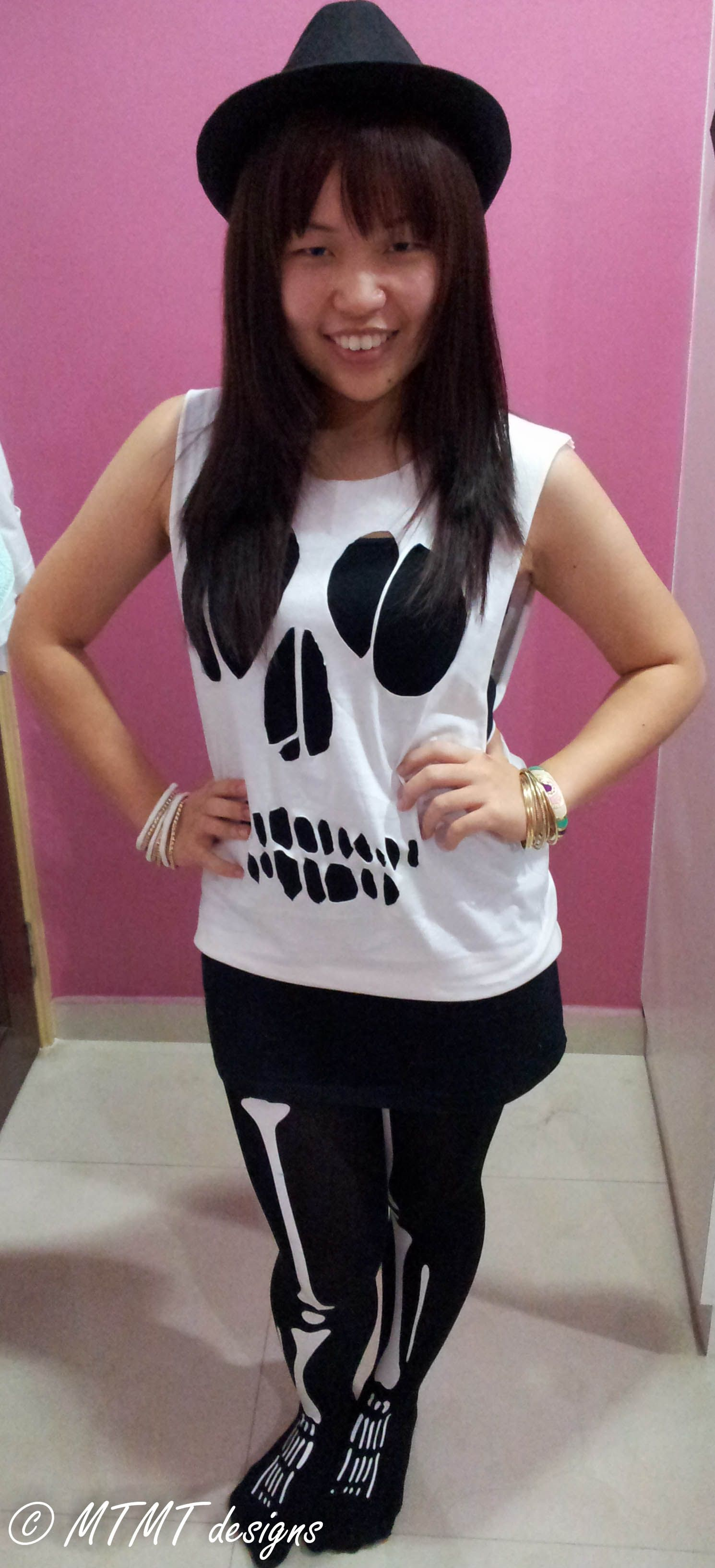 Decided to cut out my t-shirt following the trend :) skull cut-out design