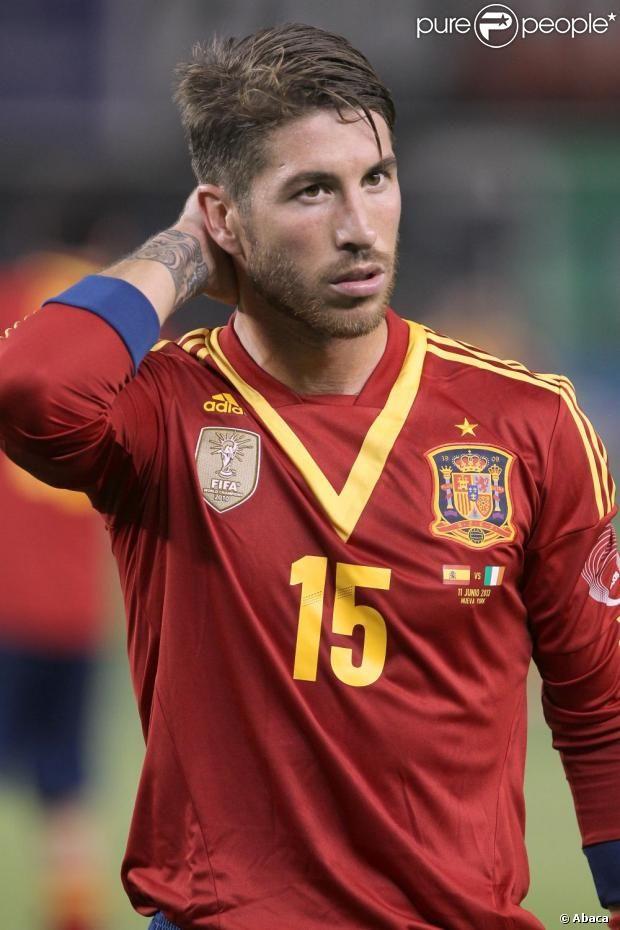 06ef82b913e Sergio Ramos so cute | A girl can dream | Sergio ramos, Real madrid ...