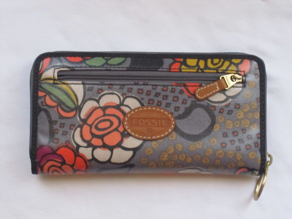 FOSSIL KEYPER WALLET LARGE ZIP CLUTCH GRAY FLORAL NWT  #Fossil #Clutchwallet