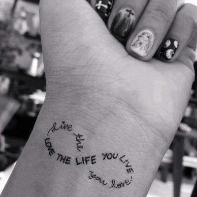 Mooie Tekst Tattoos Tattoos Wrist Tattoos Small Wrist