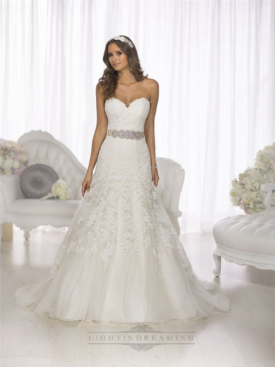 Gorgeous vintage sweetheart aline lace over wedding dresses