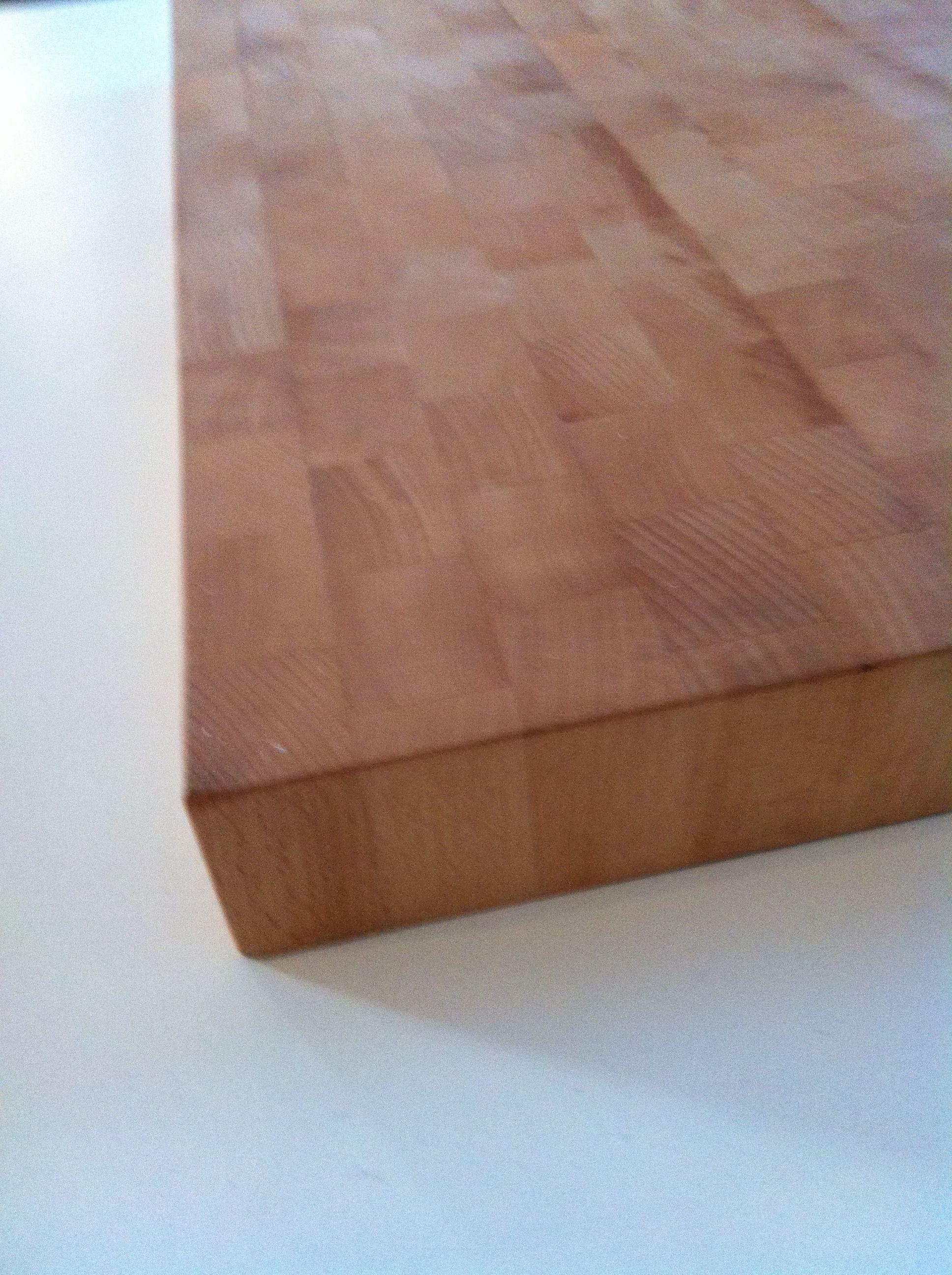 Stor ändträ skärbräda i oljad bok. Big butchers block in oiled oak.