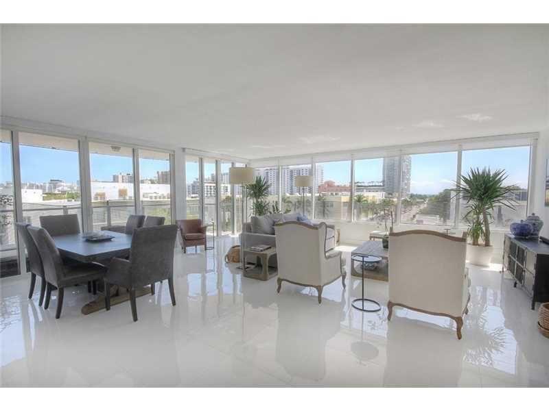 Photo of home for sale at 2155 Washington Ct # 508, Miami Beach FL CALL (305) 684-7110