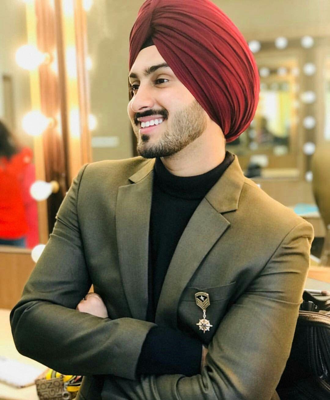 Pin By Shubeg Sekhm On Turban Kings Designer Suits For Men Punjabi Men Punjabi Boys