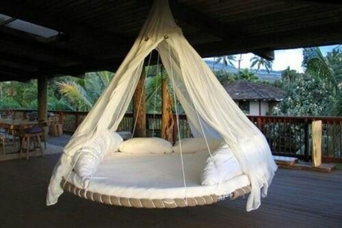 Recycle trampoline to daybed