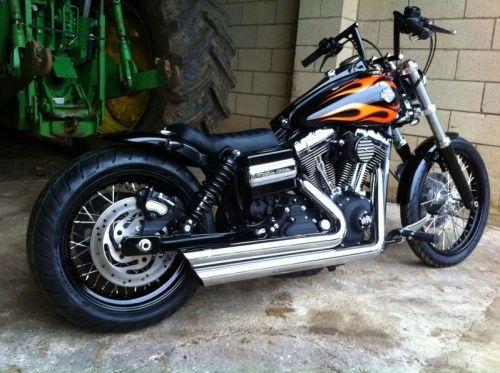 Rocket Bobs Custom Motorcycle Builders Custom Harley Davidson Harley Dyna Harley Davidson Hot Bikes