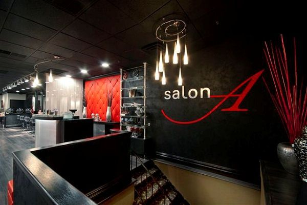 reception with black red accent walls spas salons 2 in 2019 rh pinterest com