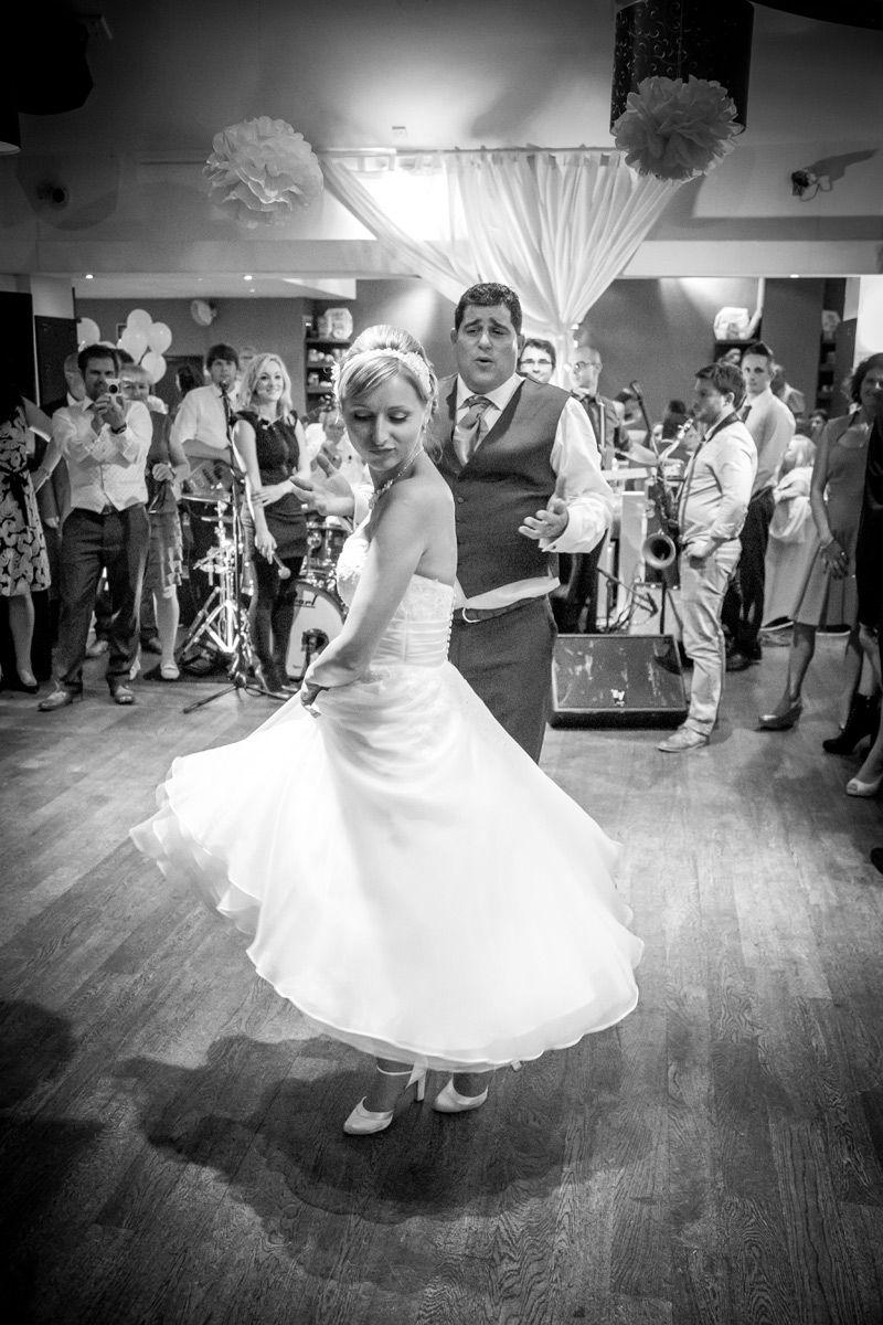 Wedding photography by award winning wedding photographers ASRPHOTO www.asrphoto.co.uk