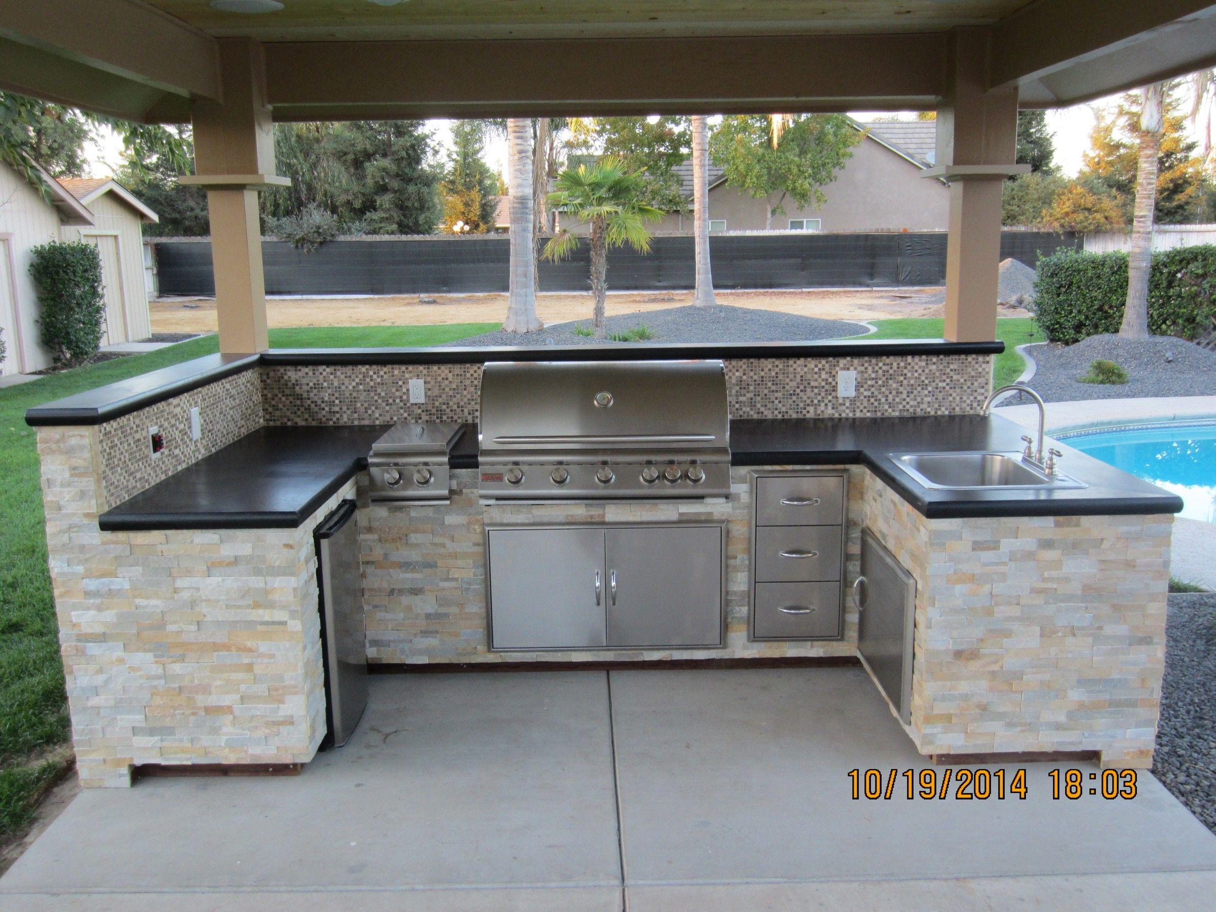 wake construction outdoor kitchen modular outdoor kitchens outdoor kitchen outdoor kitchen on outdoor kitchen essentials id=40673