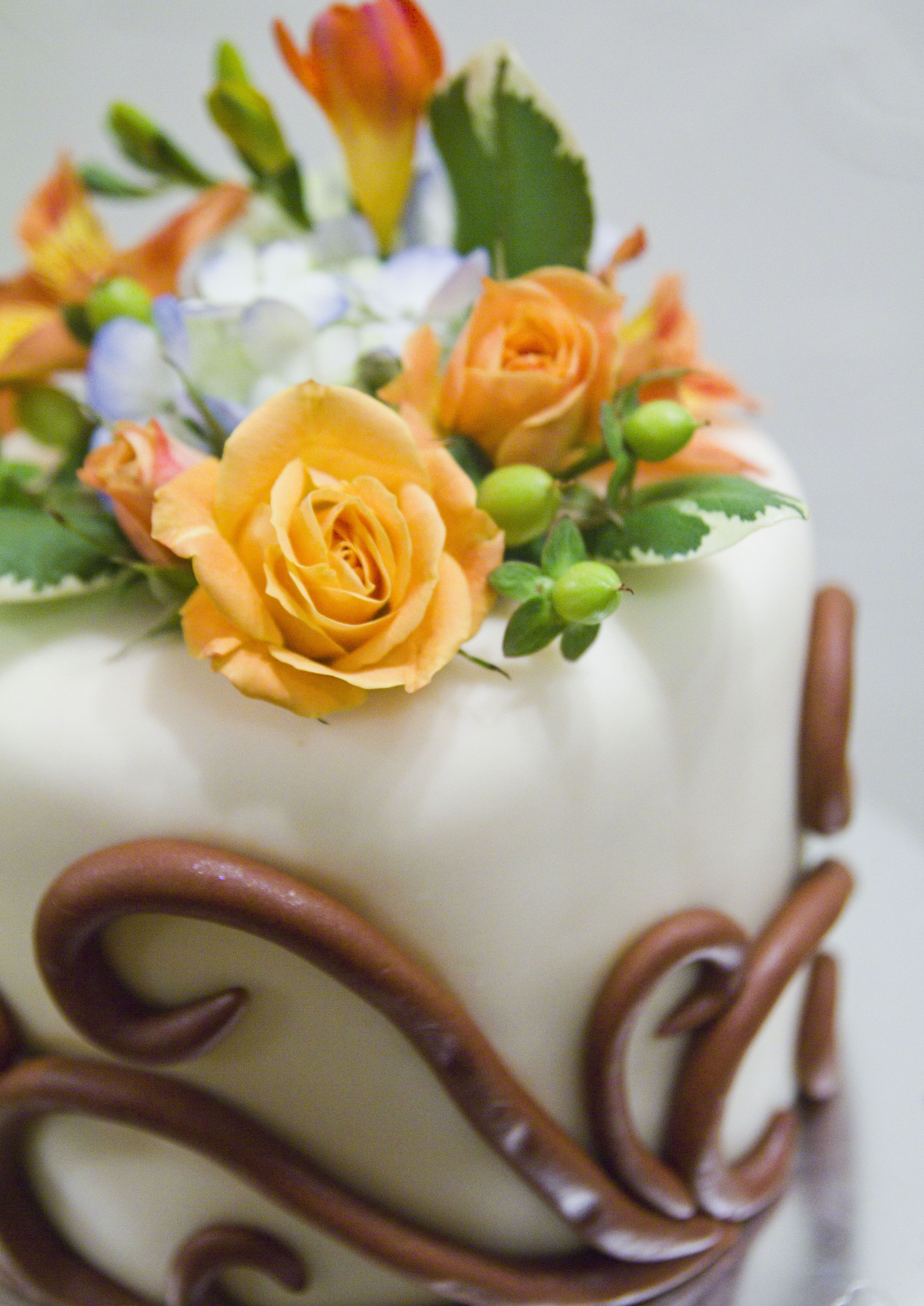 Ry & Geri's Cake Top