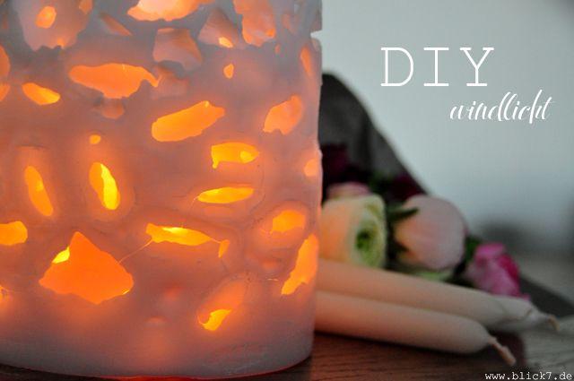diy windlicht aus wachs und eisw rfeln. Black Bedroom Furniture Sets. Home Design Ideas