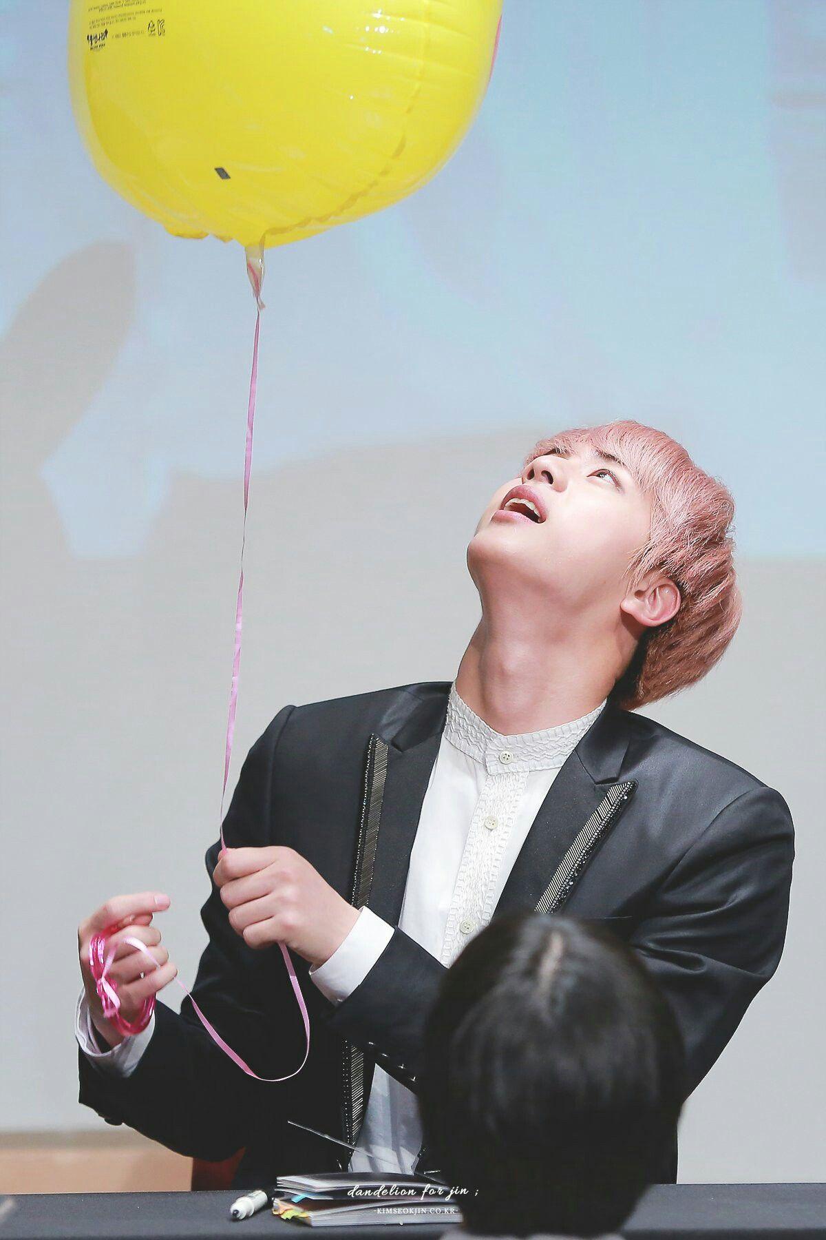 Jin ❤ BTS at the Gimpo Fansign #BTS #방탄소년단