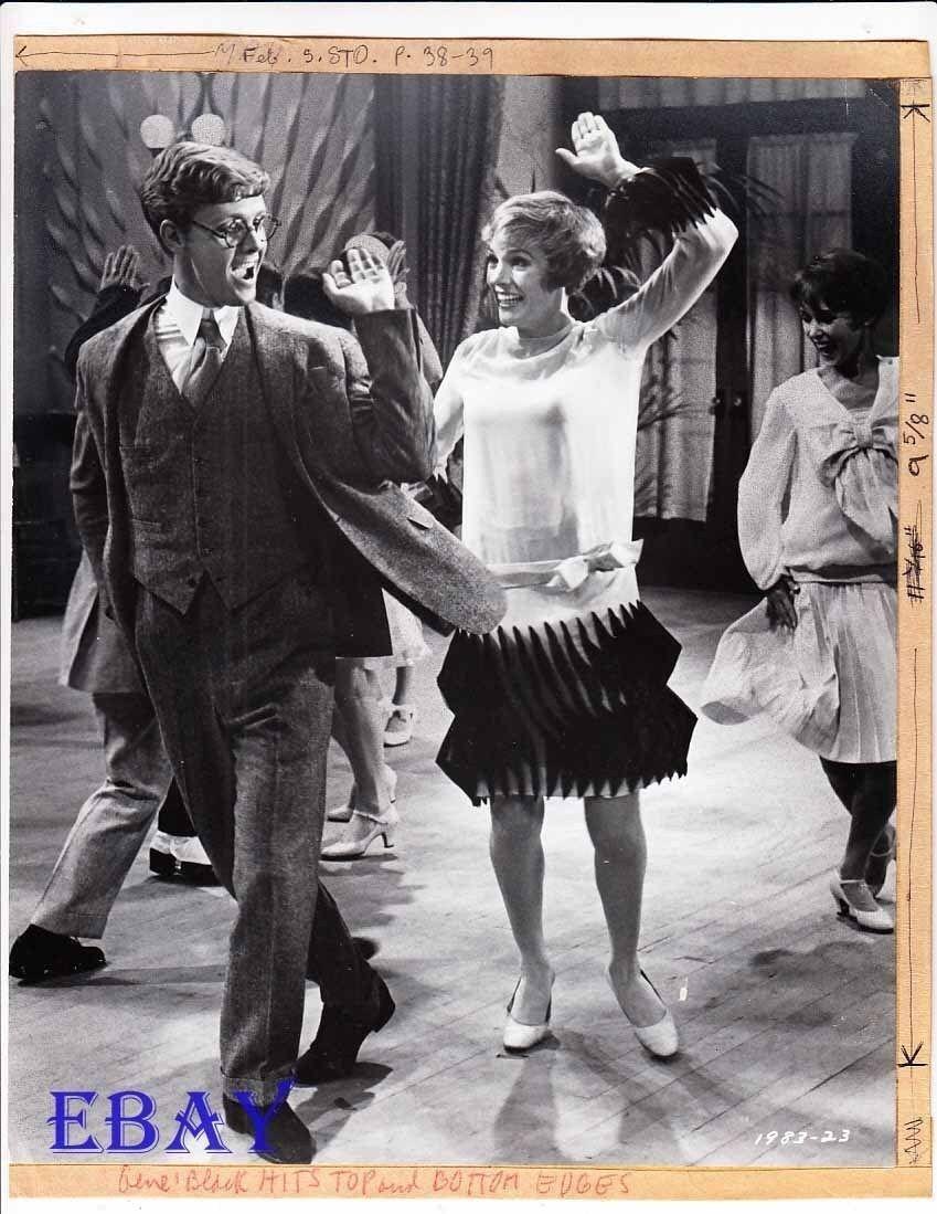 Julie Andrews Thoroughly Modern Millie  VINTAGE Photo