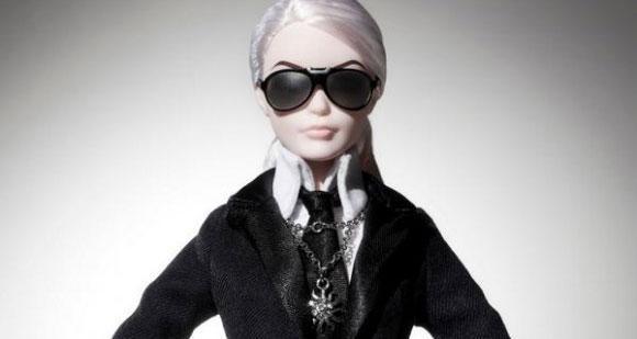 Já viu a Barbie Lagerfeld? <3 http://bit.ly/1qbDemZ pic.twitter.com/JsszJmPbgR
