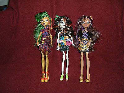 Monster High City of Frights Scaris 3 dolls! Skelita Clawdeen Jinafire https://t.co/Ifj9yLEGLm https://t.co/HDWWWBdxNf