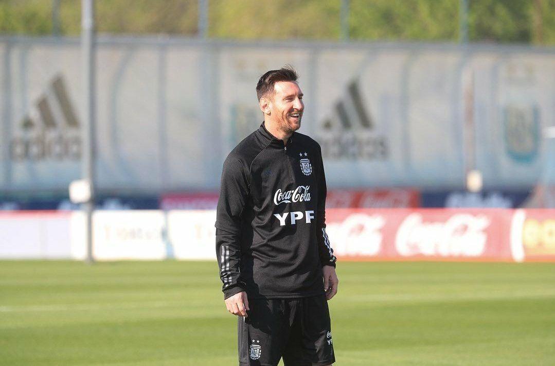 Pin By Peyman Alvandi On Leo Messi Lionel Messi Messi Leo Messi