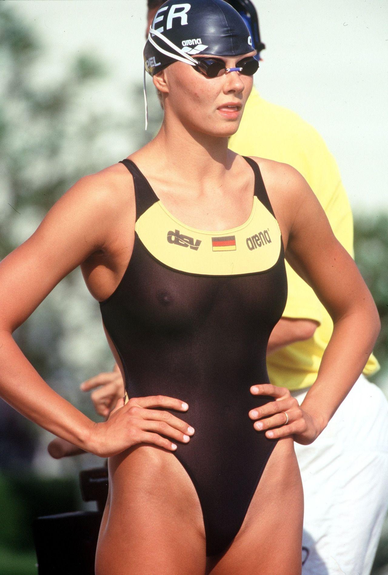 Ebony female bodybuilders