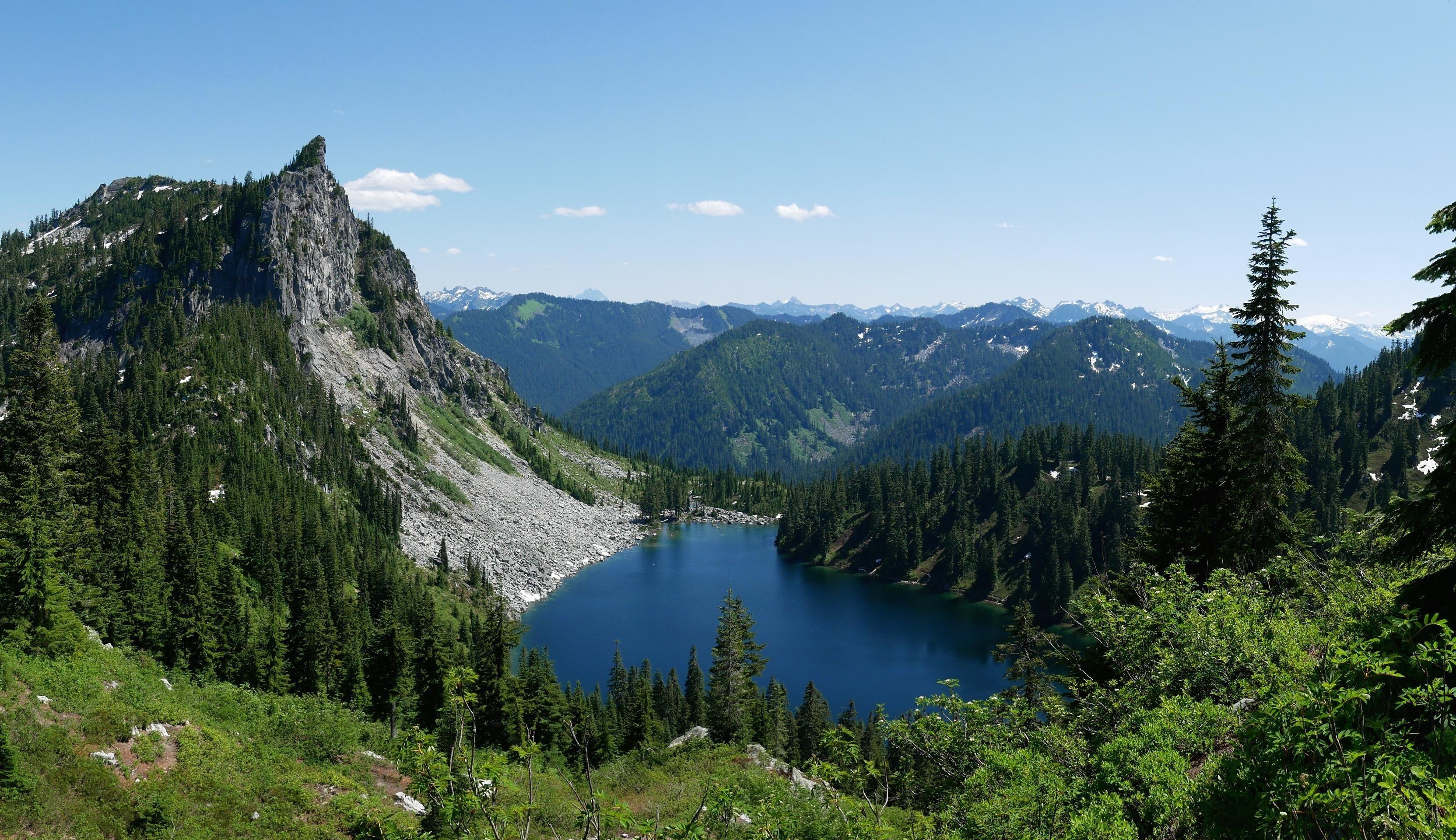 Views Of Valhalla Lake Valhalla That Is Mount Mccausland Trail Central Cascades Washington State Usa Hiking Camping Outdoors Nat Lake Valhalla Hiking