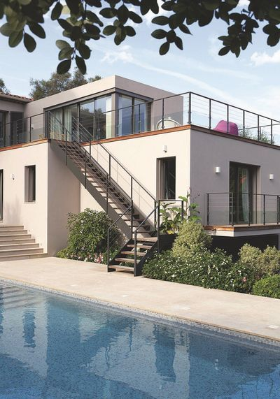 Maison d\'architecte design au Cap d\'antibes | Maison, Cap d ...