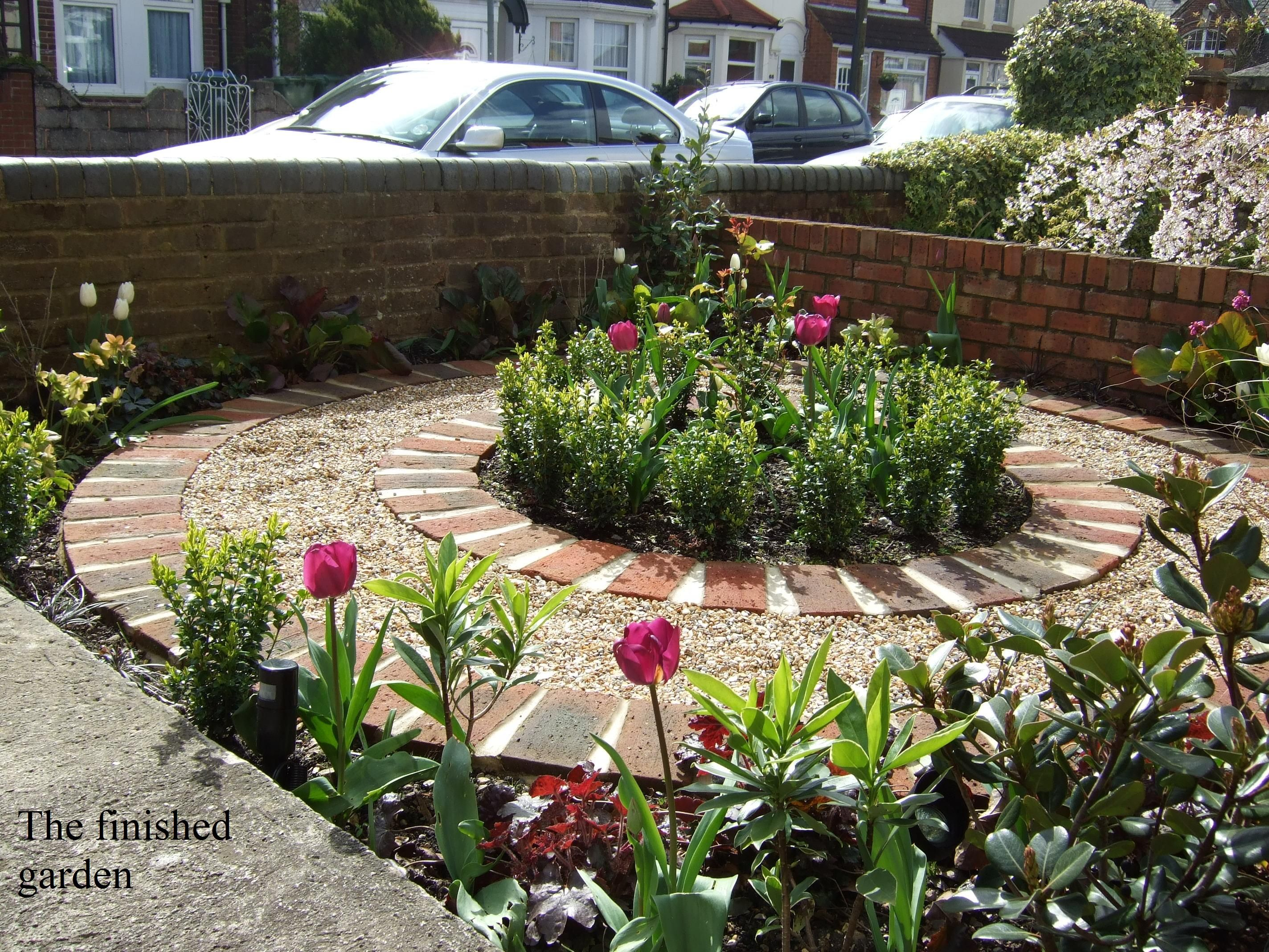 Victorian terrace front garden garden designs for Victorian terraced house garden design