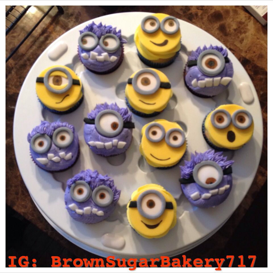 Despicable Me Purple And Yellow Minion Cupcakes