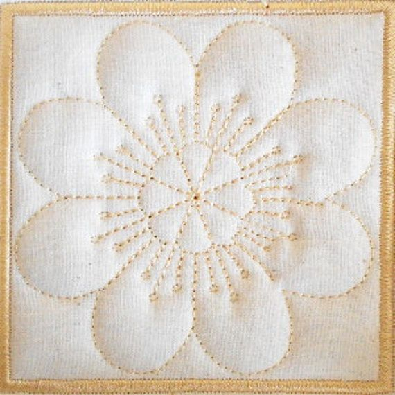 Trapunto Quilt Block Machine Embroidery Design- block09 | bordados ...