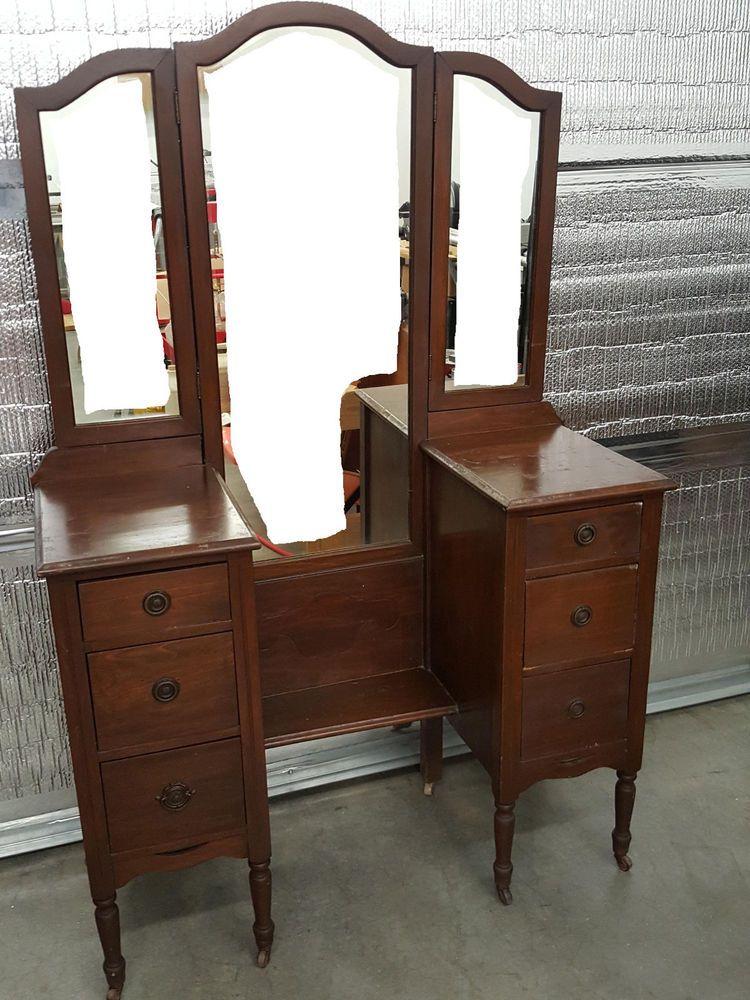 Antique Vintage Vanity/Dresser Late 1800's/Early 1900's Unrestored - Antique Vintage Vanity/Dresser Late 1800's/Early 1900's Unrestored