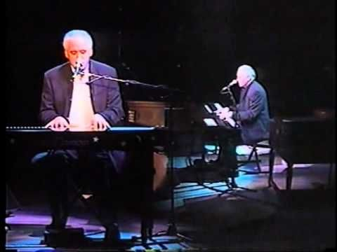Ringo Starr - Live in Michigan - 11. A Salty Dog (Gary Brooker solo) - YouTube