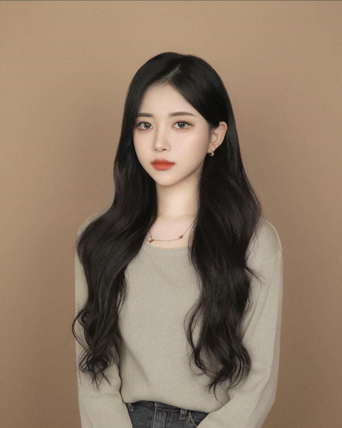 Pin By Desiree Siobhan Liang On Hair Nails And More Than That Korean Long Hair Asian Long Hair Korean Hair Color
