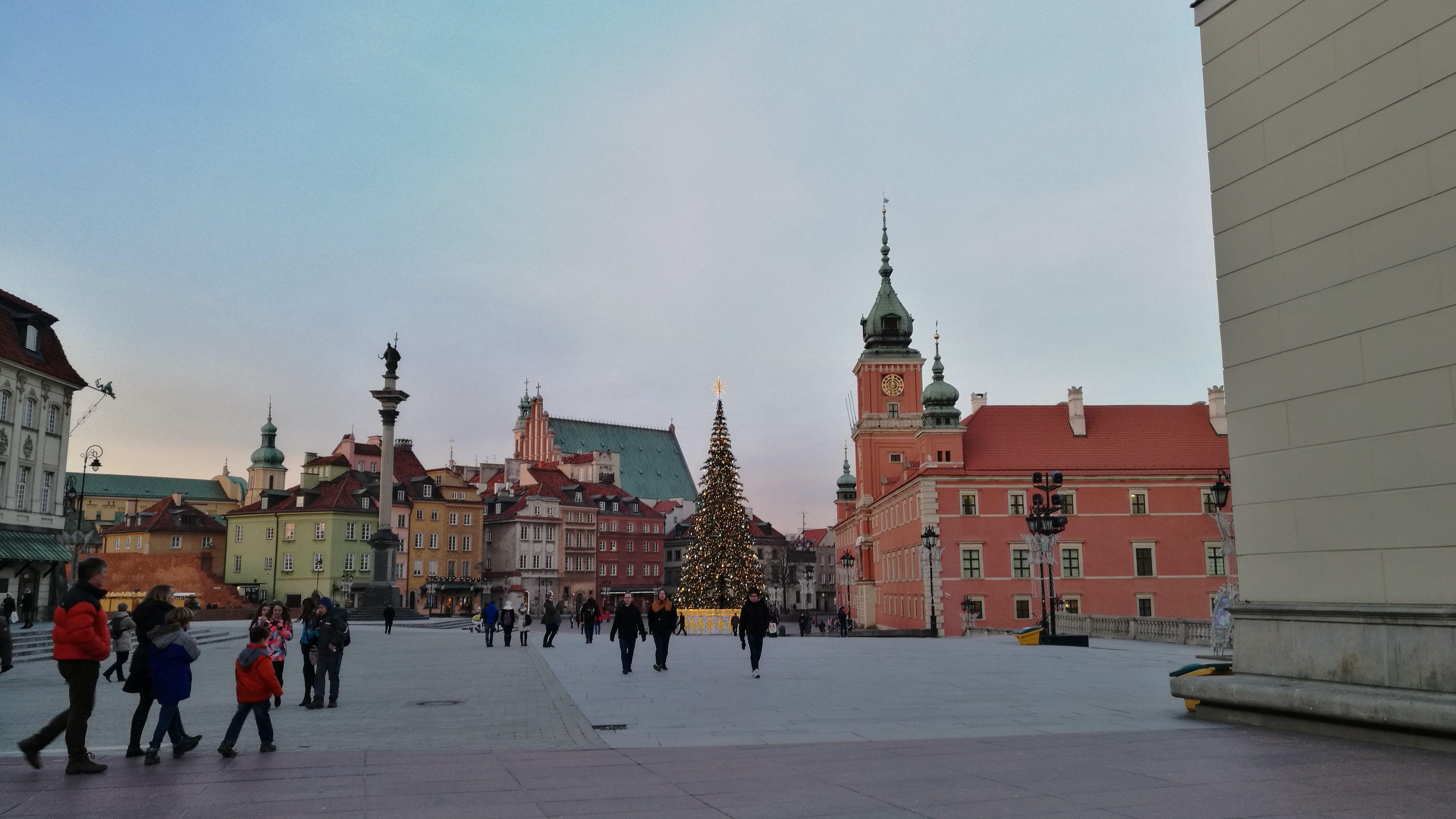 Plaza del centro historico de Varsovia