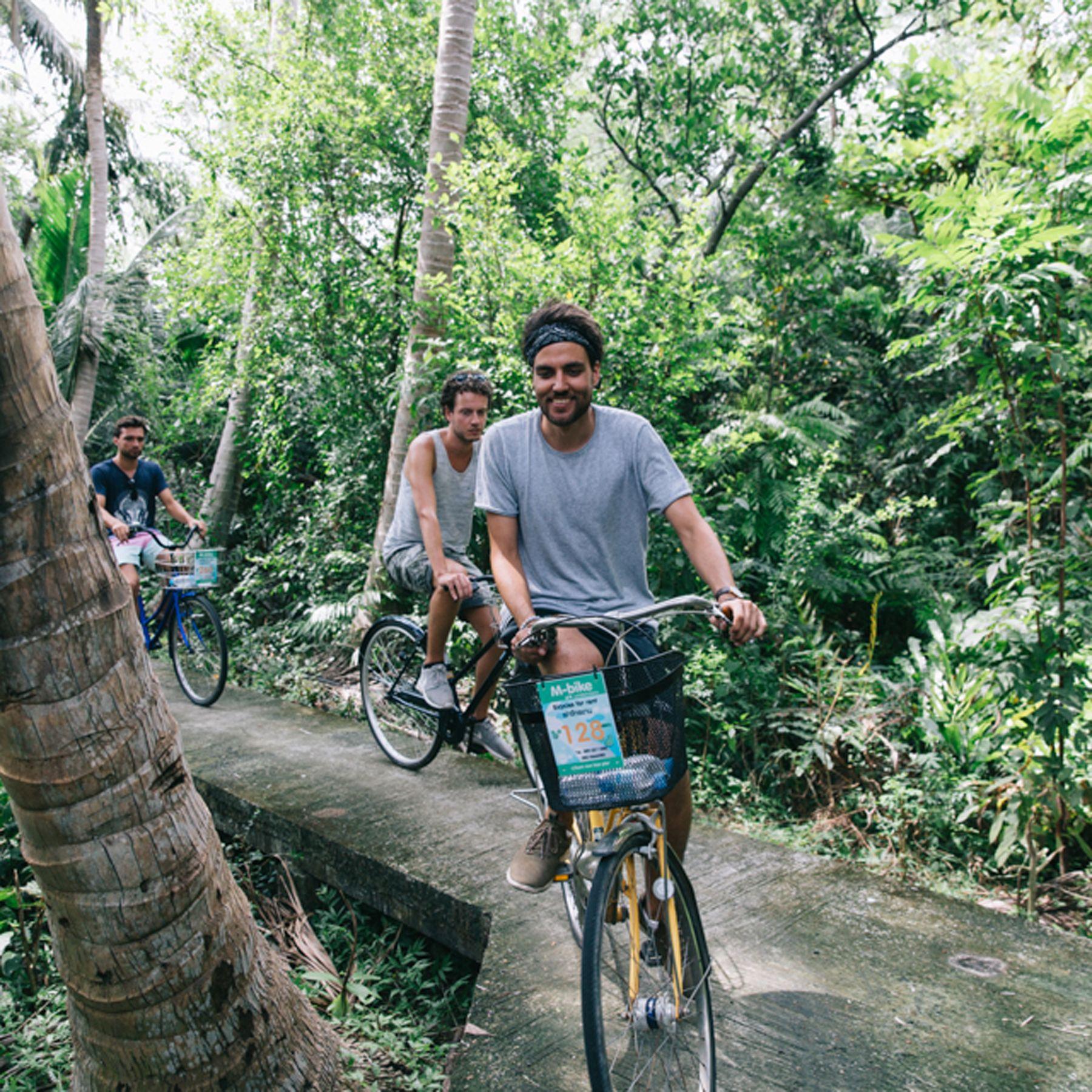 Jungle In Bangkok - Bizarre BKK Tours