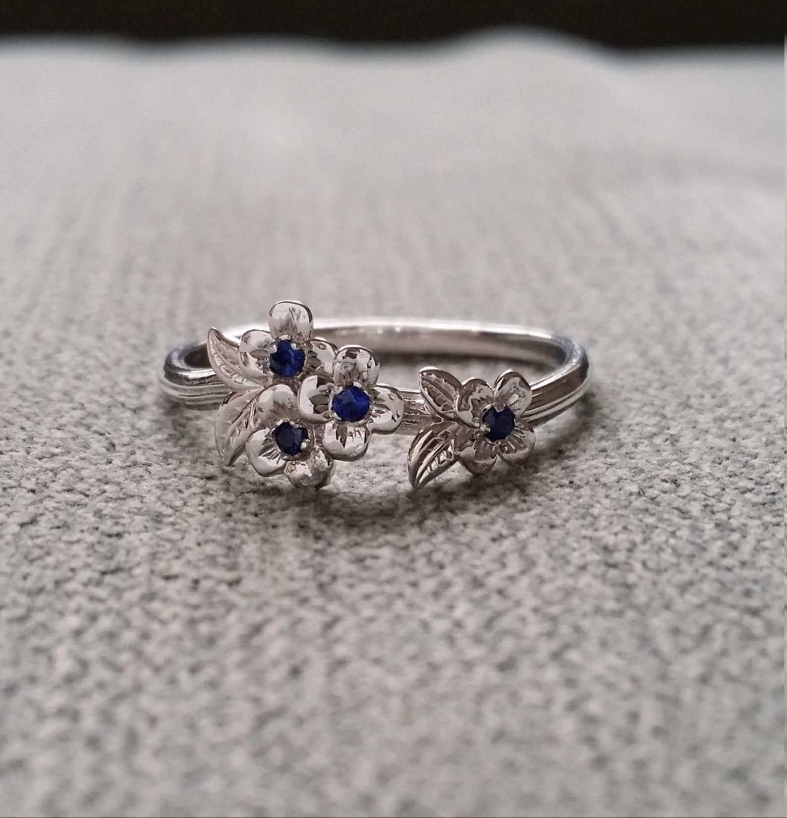Blue Sapphire Gold Flower Engagement Ring Delicate Floral