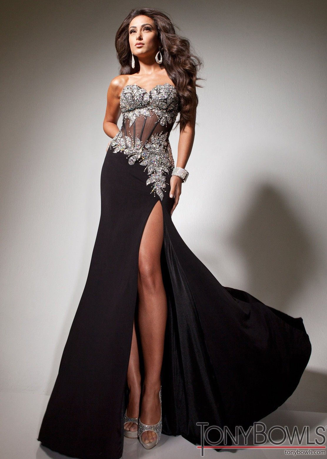 Stunning black tony bowls paris promdress rissyroosprom prom