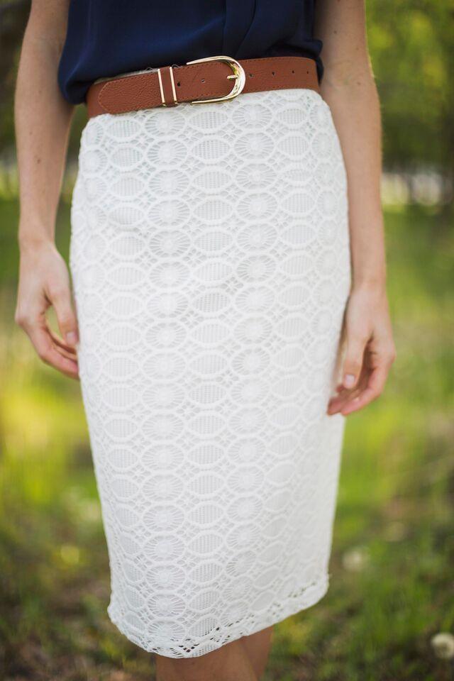Women's White Lace Pencil Skirt