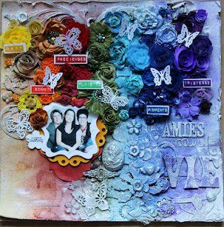 Page de Stephie, j'aime les rubans qui correspondent aux couleurs des ornements et de l'arc en ciel!