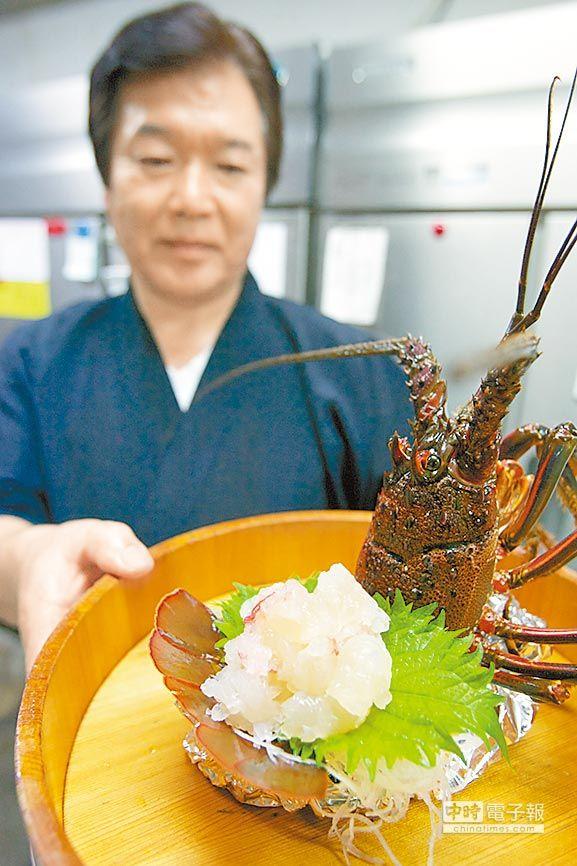 ←龍蝦、石斑、鰹魚與鯛魚都是御前崎特產,滋味鮮美。■陳志東/攝影