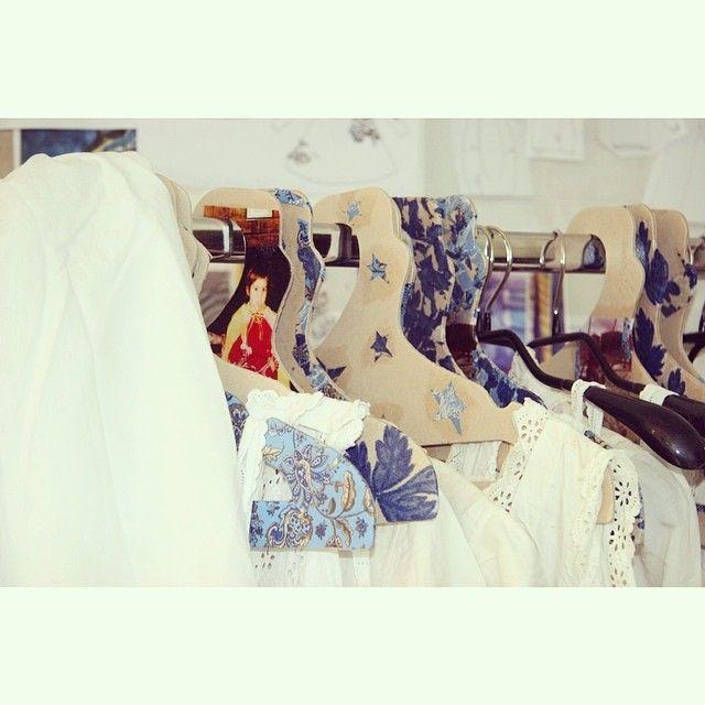 PRIVATSACHEN #privatsachen #coconcommerz #hamburg #lagenlook #layeredlook #fashion #eco #sustainable #natural #handdyed #linen #silk #cotton