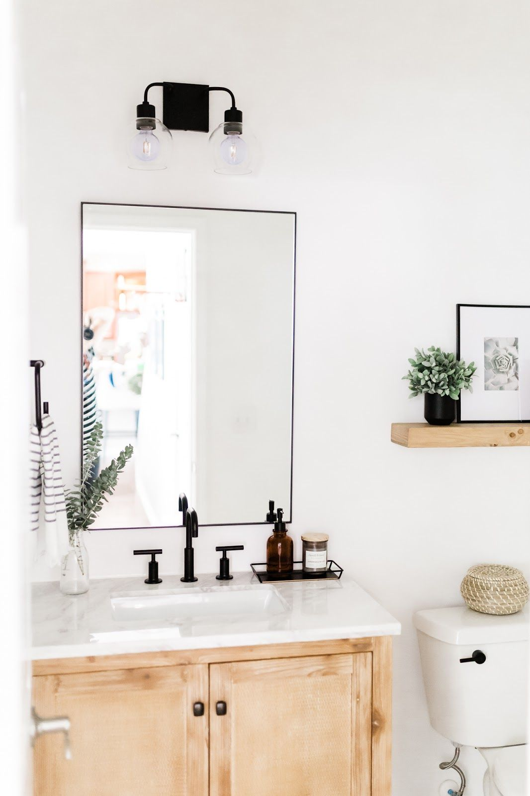Before and After: Modern Farmhouse Half Bathroom Reveal