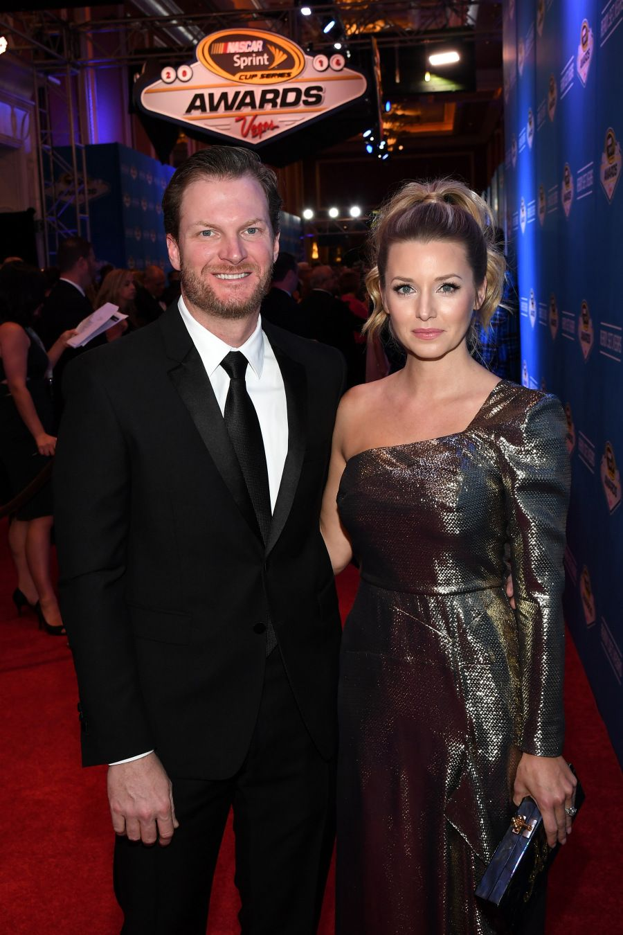 Dale Earnhardt Jr. wins 14th consecutive Most Popular