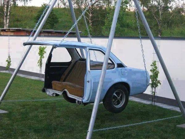 Garden swing made of half a car funny design Interior Design