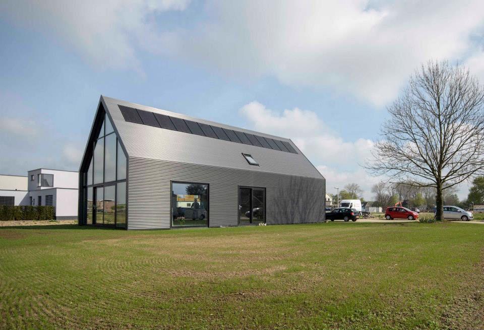 Lofthome strook zonnepanelen  Architecture Residential  Maison y Extrieur